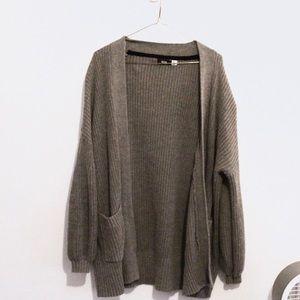 SALE🔮🍂 BDG Balloon Sleeve Knit Sweater